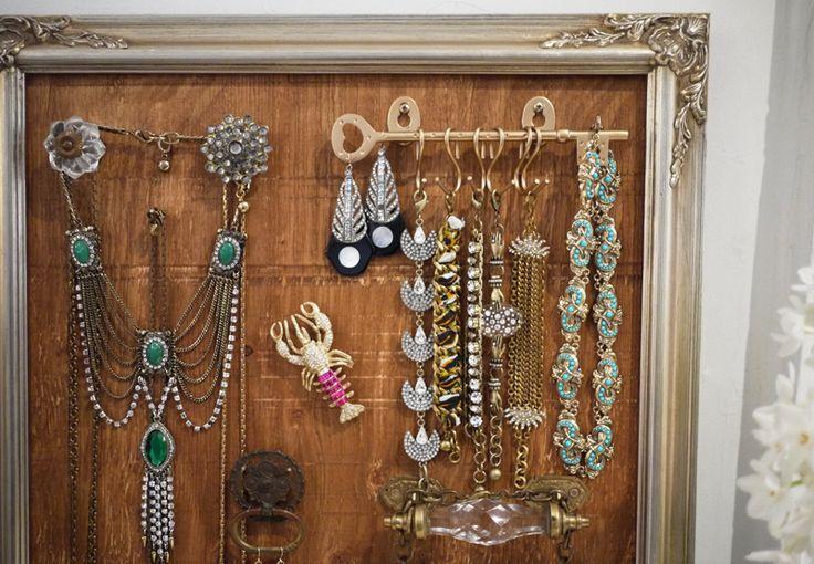 via @HonestlyWTF a DIY jewelry display/storage piece.  Love the key bracket with s-hooks for bracelets.