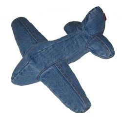 Stoer: knuffel vliegtuig van spijkerstofTIJDELIJK VAN 23