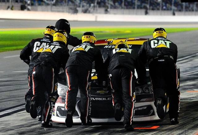 Dale Earnhardt Jr., Kyle Busch take Duel qualifying races at...: Dale Earnhardt Jr., Kyle Busch take Duel qualifying races… #Race #NASCAR