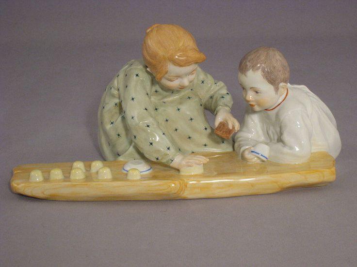 Meissen Figure 2 children, baking sand molds HENTSCHEL by ARTaVIP on Etsy https://www.etsy.com/listing/529818439/meissen-figure-2-children-baking-sand