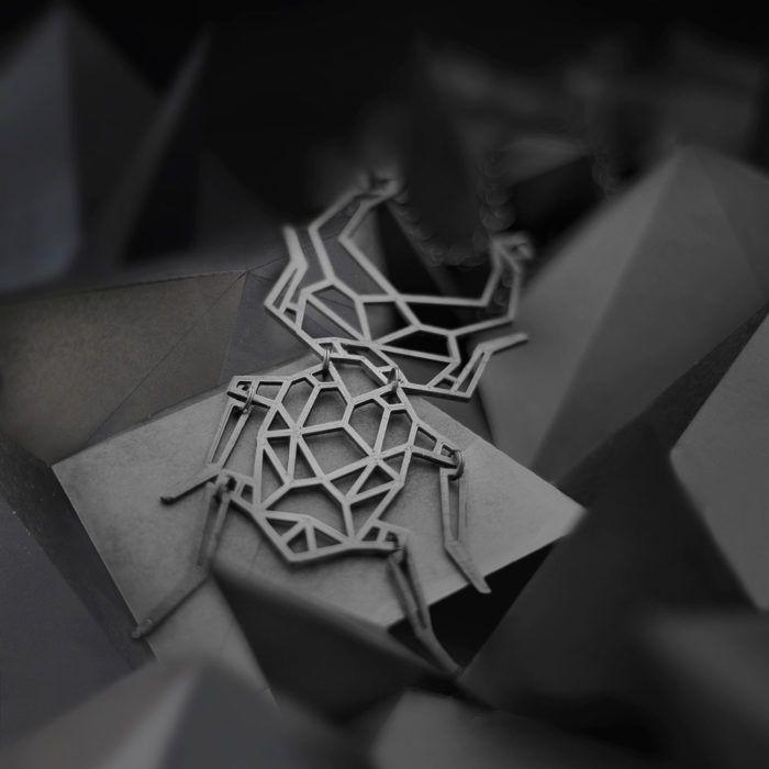 Stagbeetle—3D printed distinctive geometric backdrop necklace