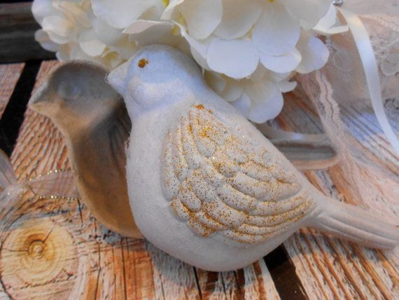Decorative Bird Wedding Ring Box / Ring Bearer Box / Ring Bearer Pillow / Wedding Ring Box / Wedding Vow Box / Rustic Wedding / Bird Box