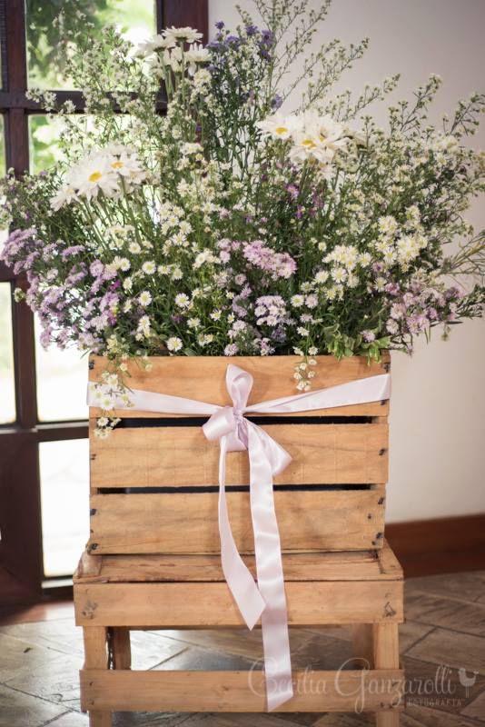 Flores do campo em caixote