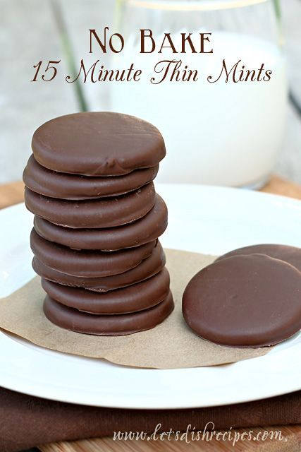 Chocolate and mint are the perfection combination, and these No-Bake 15 Minute Thin Mints are ready in no time! #recipe