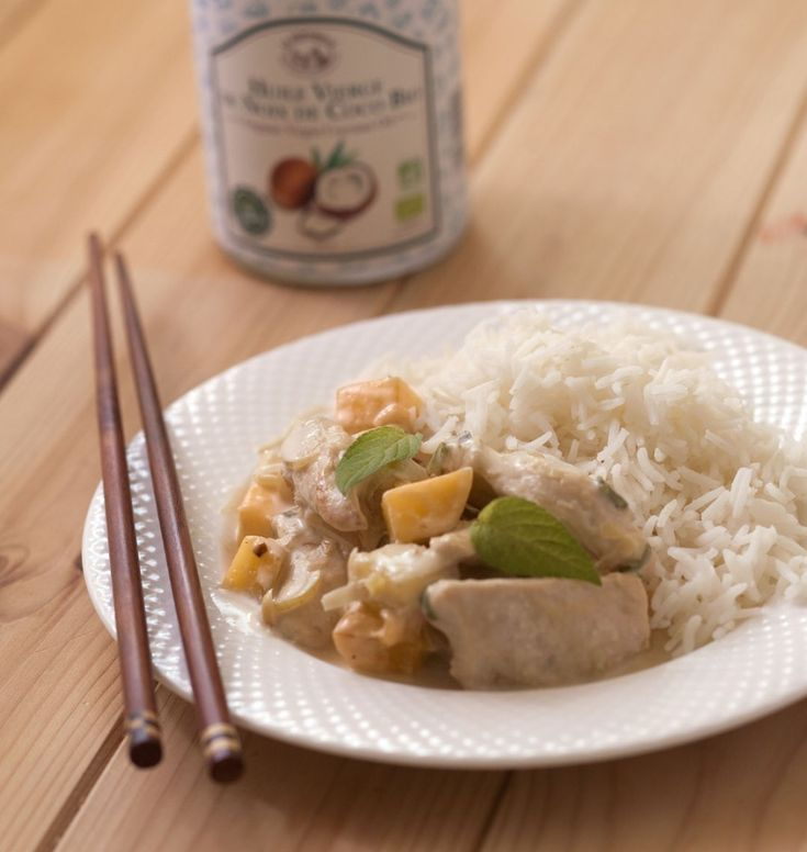 Poulet sauté à l'huile de noix de coco, mangue et gingembre - les meilleures recettes de cuisine d'Ôdélices