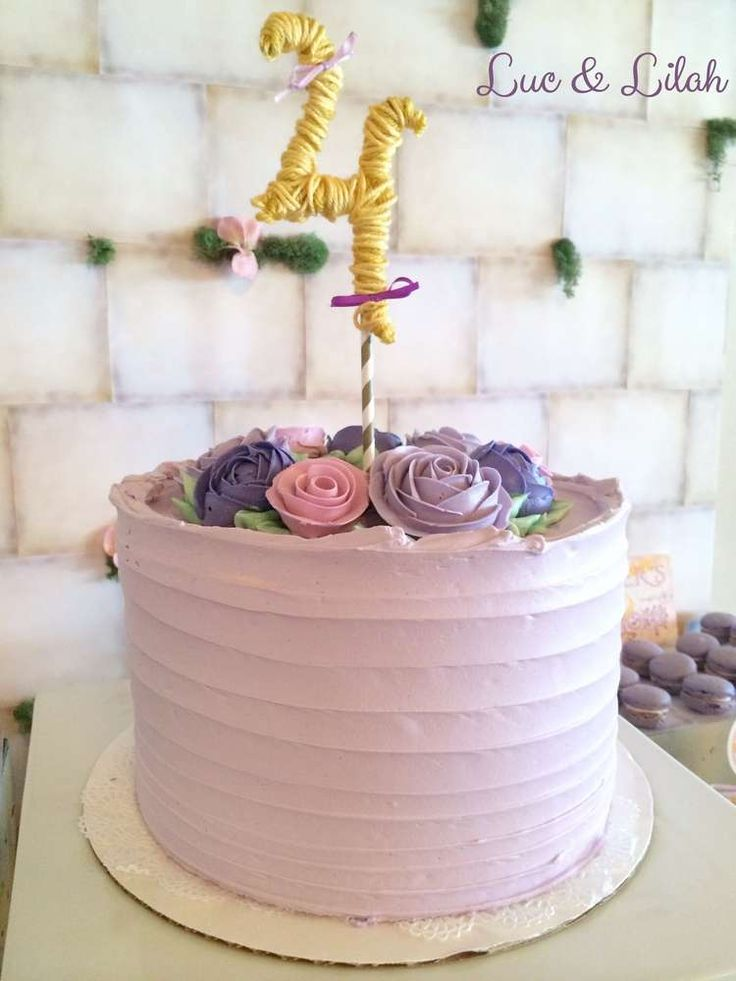 Gorgeous Tangled birthday party cake! See more party ideas at CatchMyParty.com!