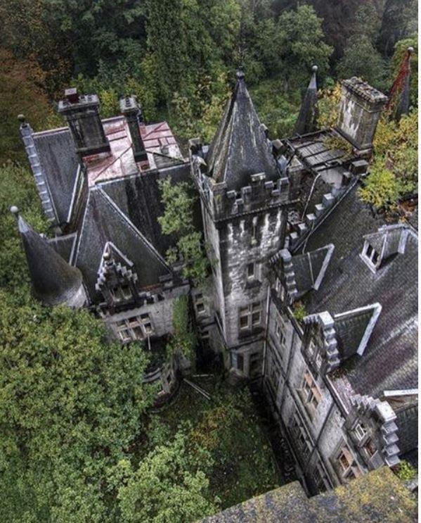 Abandoned Mansions, Abandoned