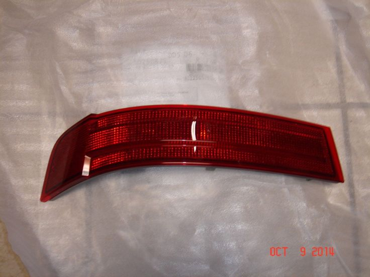 Awesome Awesome Mercedes-Benz GL-Class Genuine Rear Bumper Left Reflector GL320 GL450 GL550 NEW 2018