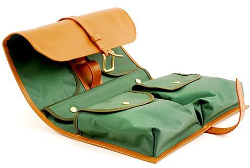 D.R Harris military inspired Leather Toiletry Kit