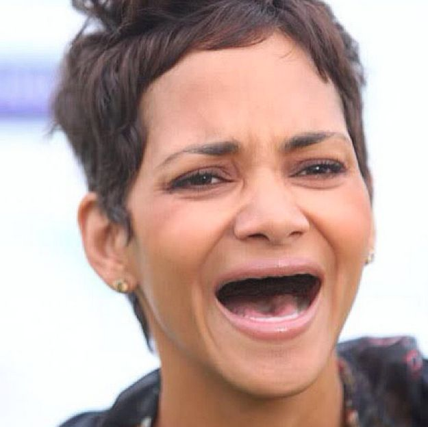 Actresses Without Teeth Is The Most Horrifying And Hilarious Thing You'll See Today