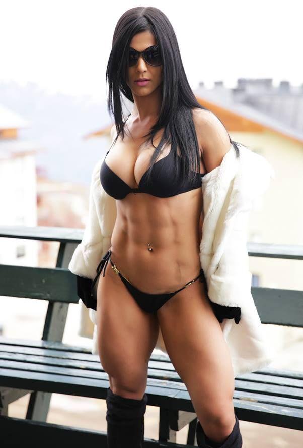 Esta es Eva Andressa, la diosa fitness :F - Taringa!