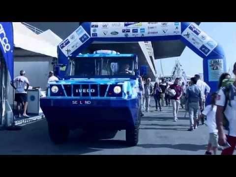 Camions amphibies présentés par IVECO au salon nautique international de Gènes - truck Editions
