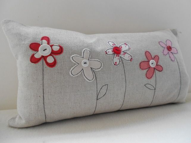 Flower Applique Cushion More Más