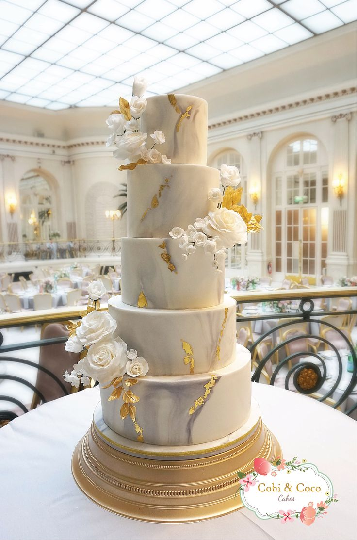 Best 25 Metallic Wedding Cakes Ideas On Pinterest
