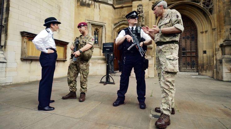 """984 asker, kilit bölgelere konuşlandırıldı  """"984 asker, kilit bölgelere konuşlandırıldı"""" http://fmedya.com/984-asker-kilit-bolgelere-konuslandirildi-h31449.html"""