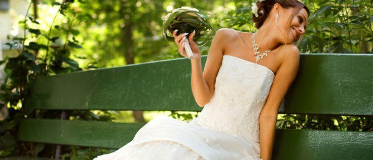 Weddings Australia - Weddings Dresses, Wedding Photographers and more | Bride Online