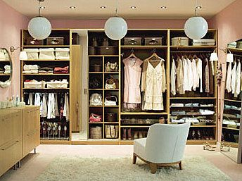 I WILL have a big walk in closet at some point.
