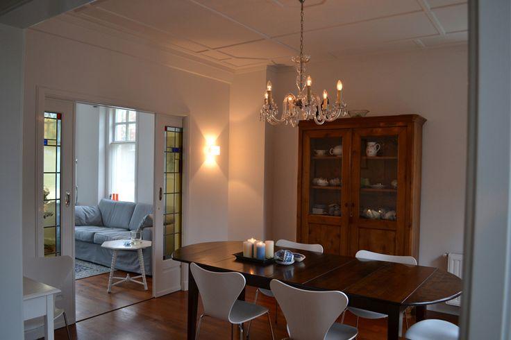 ... stoel Arne Jacobsen, jaren 30 woning - Binnenkijken Interieuradvies