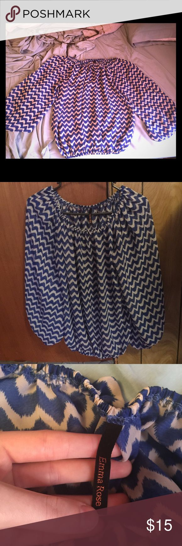 Loose Chevron Blouse •Loose Fit Chevron Blouse •VERY cute! •No Flaws, Has been worn once. •Size small. I also have this same shirt available in red in size medium. •Bundles get discounts🛍💋 ✖️NO TRADES✖️ •Questions/Offers Welcome💜 Tops Blouses