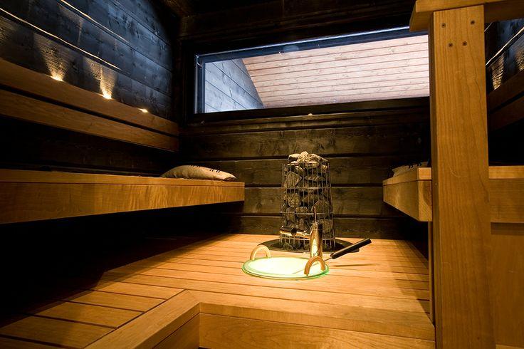 sauna met raam naar de tuin naar buiten maken