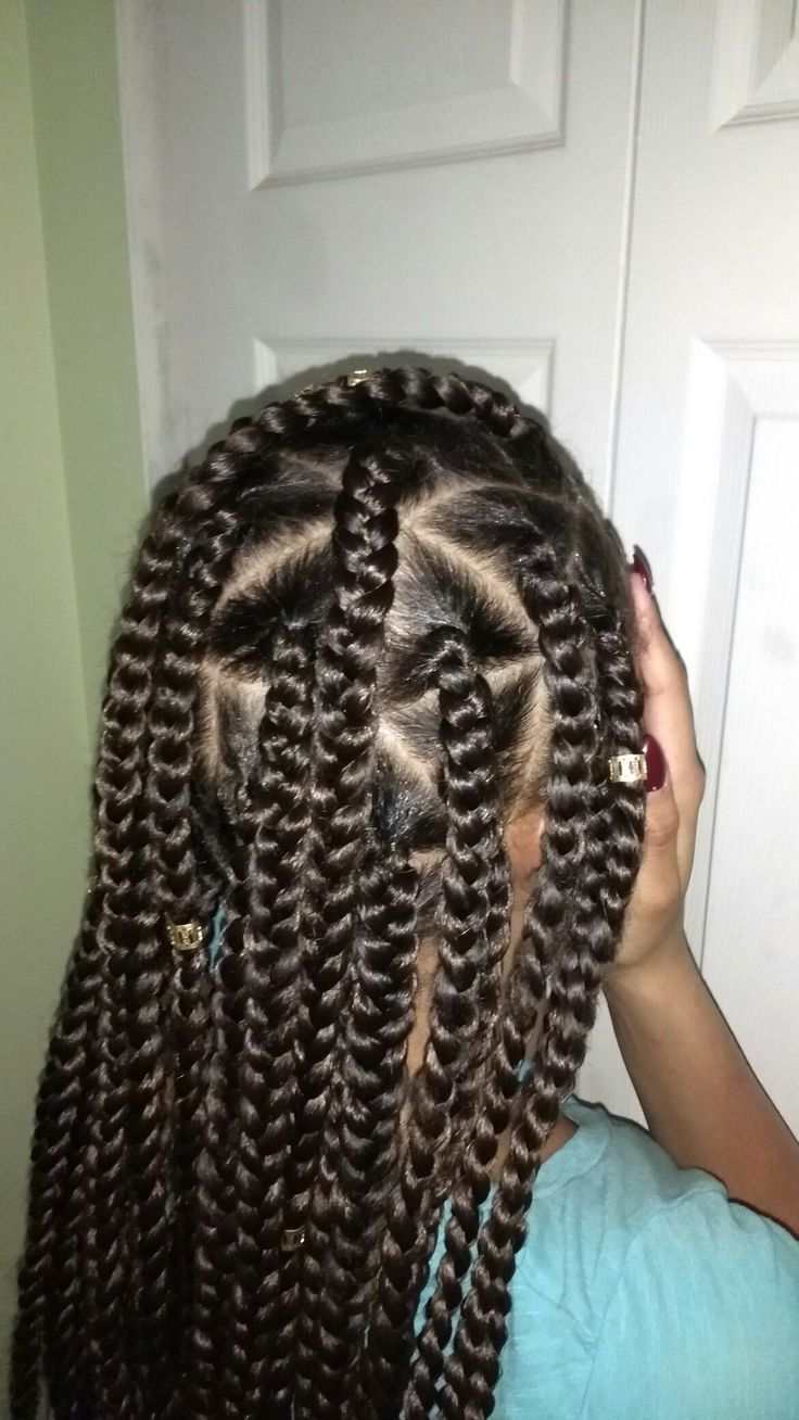 Large box braids. Natural look. Under braid