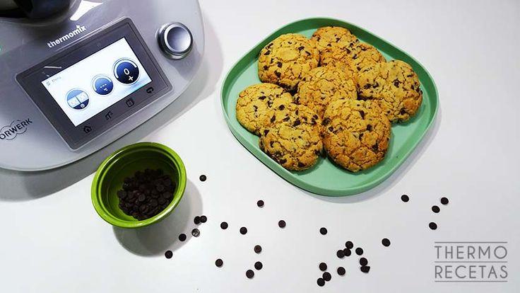 Cookies con chips de chocolate - https://www.thermorecetas.com/cookies-con-chips-de-chocolate/