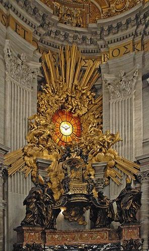 St. Peter's Chair, St. Peter's Basilica, Vatican CIty, Rome, Italy. Bernini, Baroque Era (17th century) Gilded Bronze