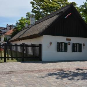 2. Hol található Petőfi Sándor szülőháza? Térképen is megkeresheted!