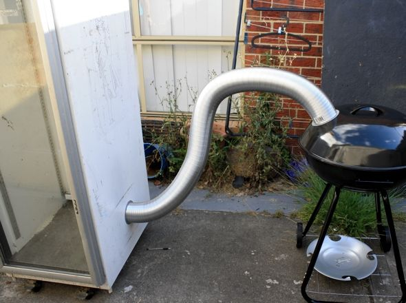 Cold Smoker to make at home, this thing could actually work...........