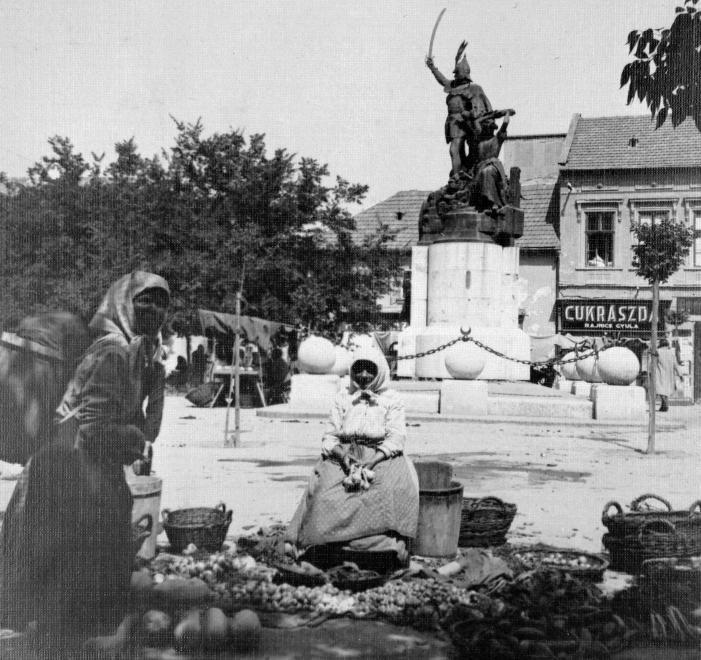 1932. Eger, Dobó tér - Dobó István szobra (Stróbl Alajos, 1907).