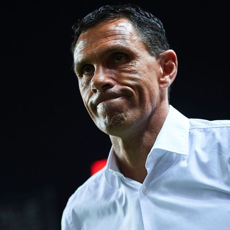 Gus Poyet vents by showing Real Betis' disallowed goal on laptop to media