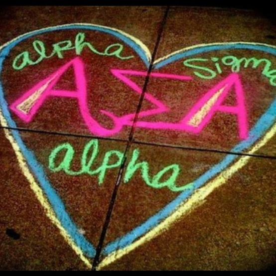 Super cute Alpha Sig chalk design! Be sure to do chalking like this during recruitment and on bid day to make the day even more special and to make #ASA stand out even more.