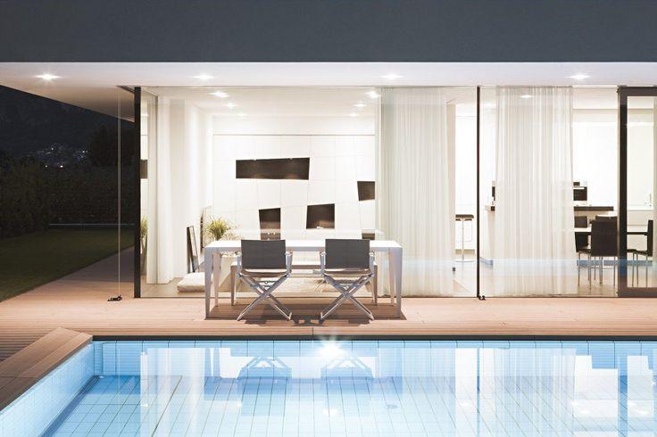La primera característica notable de Ia Casa M2 en Bolzano, Italia es que tiene capacidad para dos apartamentos en pisos separados. Ideado p...