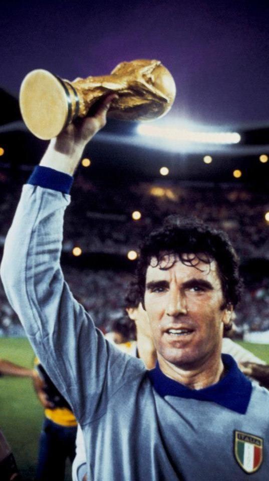 Dino Zoff, campeon del Mundo en 1982