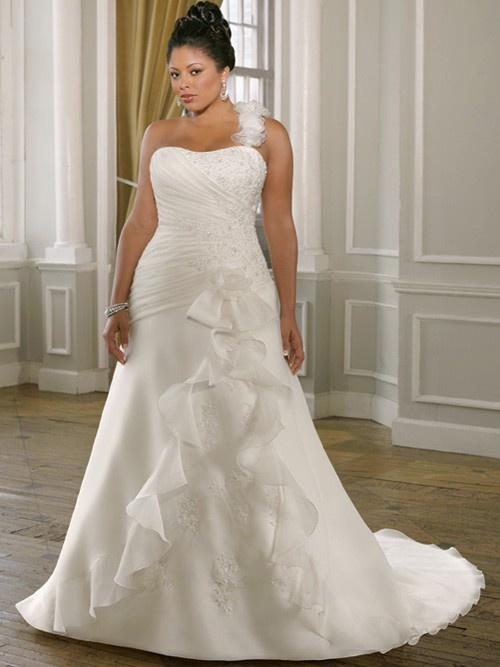 10 Best images about Plus Size Wedding Dresses on Pinterest  Plus ...