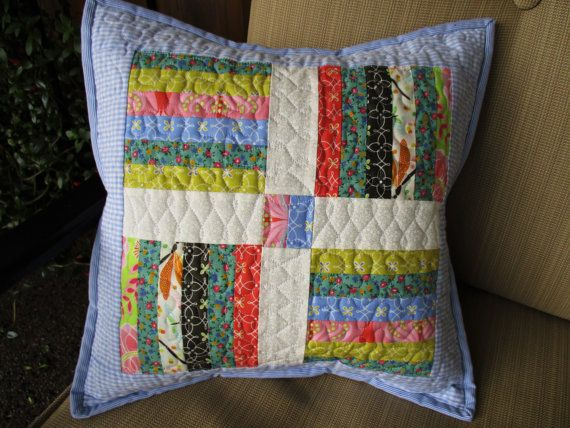 Gesteppte Throw Pillow Mini Flickenteppich von MommaBearsQuilts