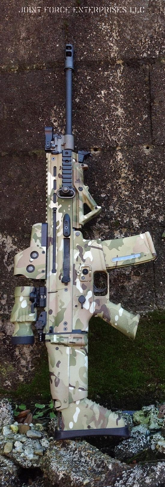 We'd love to add this camouflaged SCAR to our collection! Who'd be adventurous enough to give this a go? #MachineGunAmerica