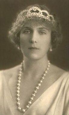 Queen Ena wearing a Cartier Diamond Loop Tiara