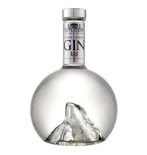 Studer ooh a punt inside a gin bottle #packaging PD