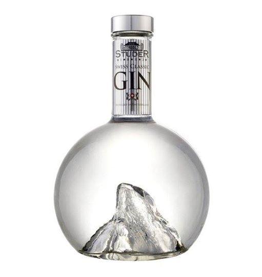 Studer ooh a punt inside a gin bottle #packaging PD