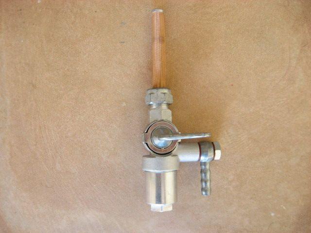 Grifo de gasolina NSU Max