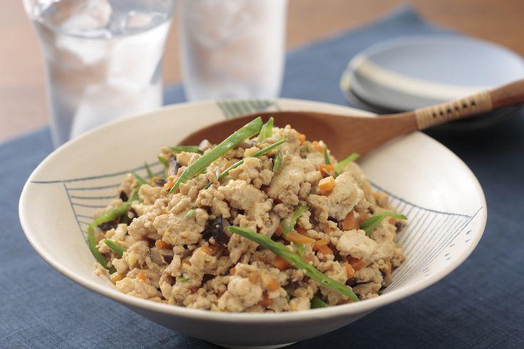 炒り豆腐   豆腐と野菜たっぷり!ごはんに乗せてそぼろ丼に。卵でとじて具だくさんの卵焼きに。