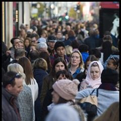 Crowds tackle the Black Friday sales on London's Oxford St