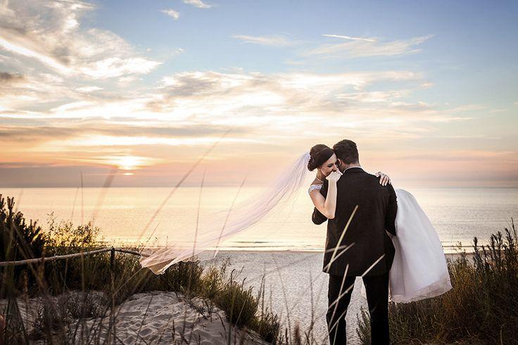 romantyczne zdjęcia ślubne zdjęcia ślubne nad morzem