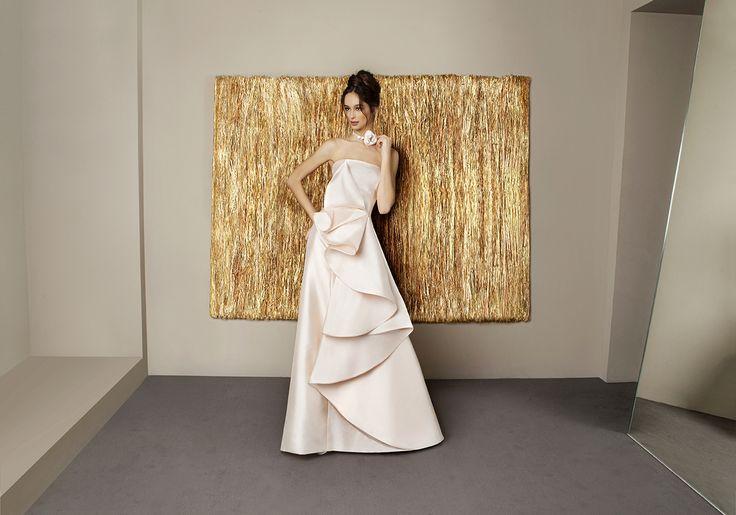 www.antonioriva.com #wedding #weddingdress #madeinitaly #antonioriva #design…