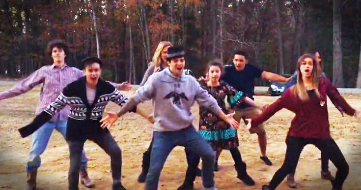 Looks like Sadie Robertson's dance partner Mark Ballas is spending the holidays with her whole family. And watching the whole crew bust into dance had me giggling myself into a quack-attack! Too cute.