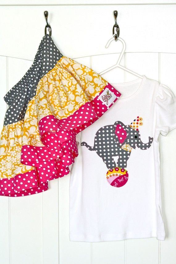 Circus party - Love this elephant set from Bella Grace Creations on Etsy