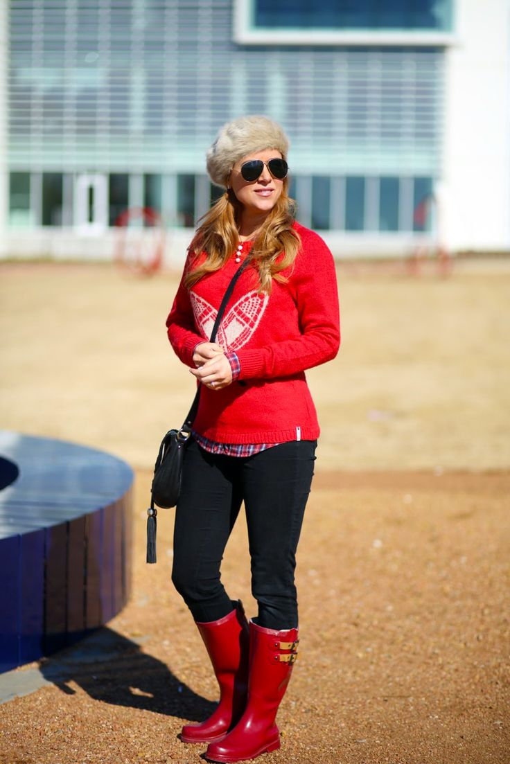 Hilary Kennedy Blog: // Winter Outfit Idea with Chooka boots