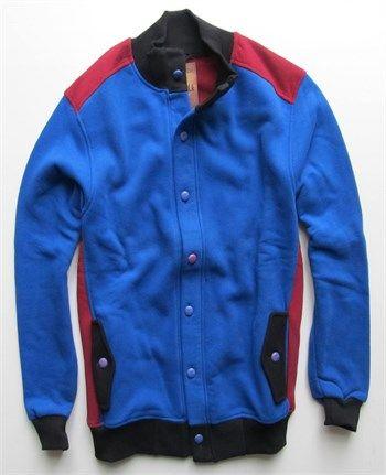 Erkek mavi bordo polar ceket ve kolej mont modellerini en ucuz fiyatlarıyla kapıda ödeme ve taksit ile Outlet Çarşım'dan satın al.