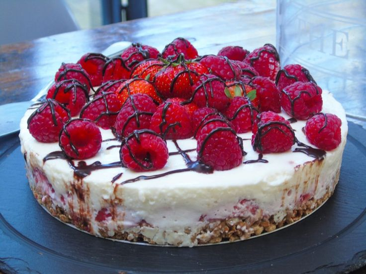 Seriously Easy Syn Free No Bake Berry Cheesecake